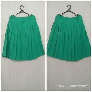 ❣️Free, Green Skirt