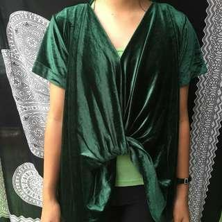 Blus hijau velvet/bludru