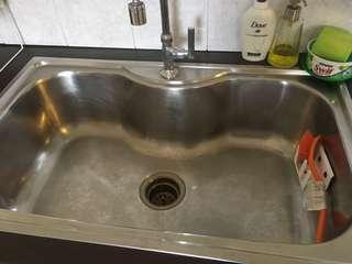 Kitchen basin & tap