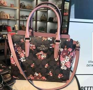 Coach leah  satchel in signature canvas with medley bouquet print