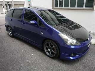 Toyota Wish 1.8 Tom's Edition