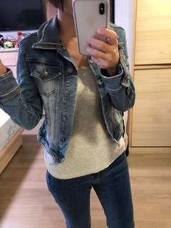 🚚 Mango jeans 經典不敗復古牛仔外套