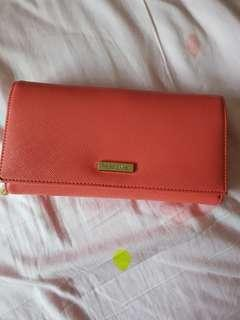 Perlini and Mel wallet