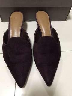 ✨Clearance Sale✨Charles & Keith Burgundy Shoes