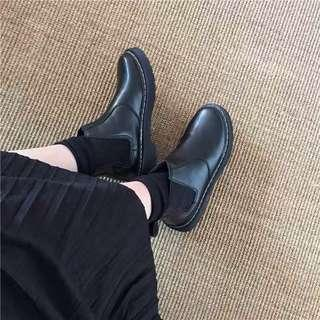 chelsea platform boots