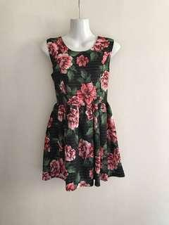 ⚁ 2 for $10 - Red Flower Black Dress