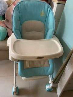 #sellfaster Combi high chair 8成新