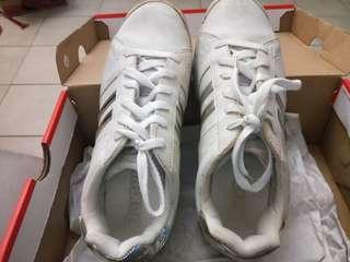Dexter Bowling shoe selling $15