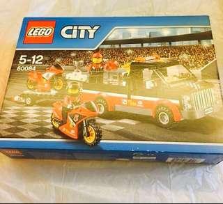 全新!聖誕禮物🎁必選 Lego City 賽車場境 Item: 6100286