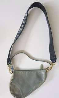 AUTHENTIC DIOR SADDLE BAG WITH FREE UNBRANDED STRAP
