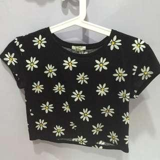 Forever 21 girls daisy crop top