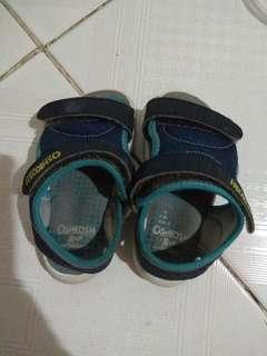 Sepatu sendal OshKosh