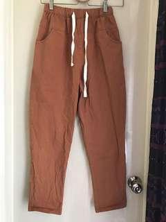 🚚 楓葉褐色鬆緊休閒褲