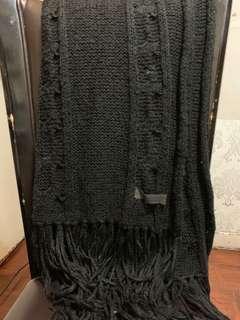 Ehyphenworld gallery 黑色冷頸巾