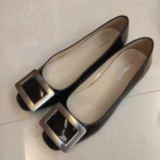 🚚 Roger vivier RV鞋同款韓國漆皮鞋