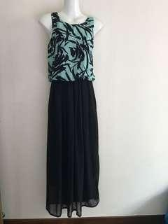 ⚀ Mint & Black Long Dress