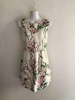 ⚀ Korean White Floral Dress