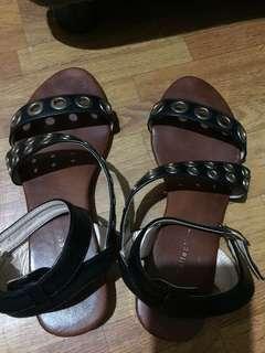 Gibi Shoes Sandals