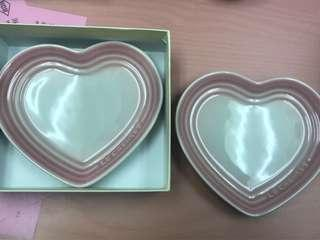 Le Creuset Small heart plate (set of two) Powder Pink (PP)