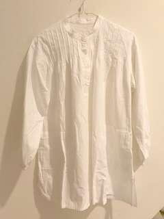 White classic tunic