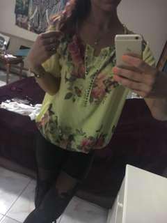Yellow blouse with top under 2in1