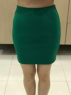 H&M Green Fitted Skirt for Casual/ Corporate