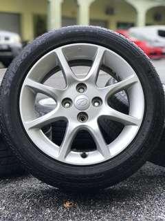 Original sports rim alza advance tyre 70%