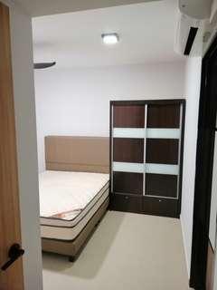 Master bedroom at Anchorvale for rent (Sengkang)