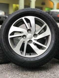 Original 14 inch sports rim myvi ikon tyre 70%