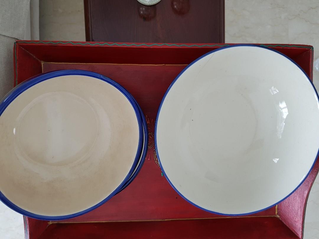 3 Stoneware Serving Bowls