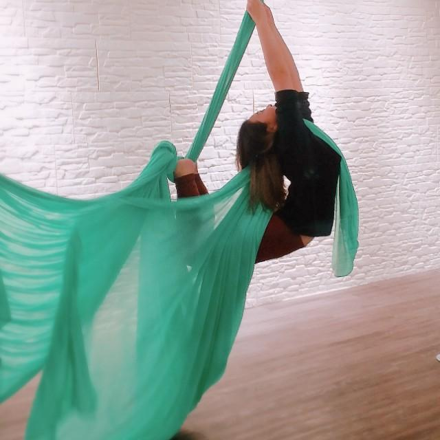 Aerial silk, hammock,yoga class 空中瑜珈,空中絲帶班