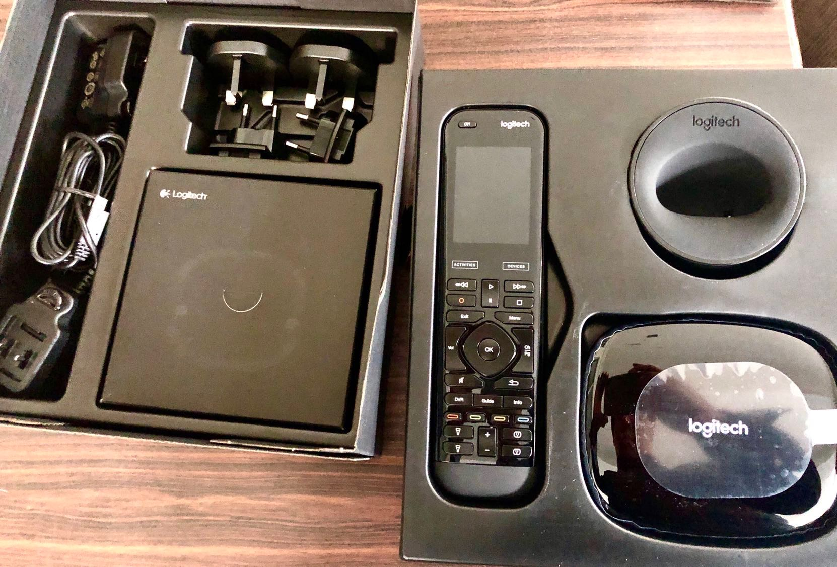 35bea36d4e6 Brand New Logitech Harmony Elite Full (Remote Control, Hub and App ...