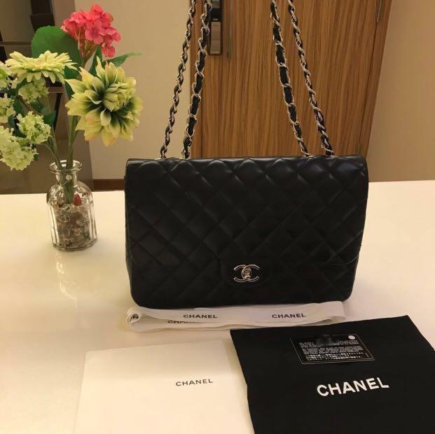 f6af4b9a651c Chanel Jumbo Single Flap, Luxury, Bags & Wallets, Handbags on Carousell