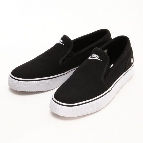 866945239 Nike Toki Slip Canvas