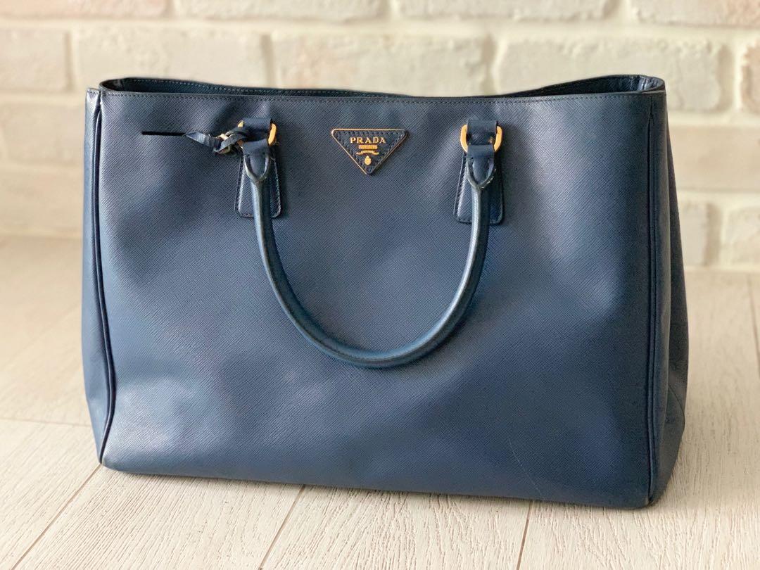 95932a47dc85 Prada Saffiano Lux, Women's Fashion, Bags & Wallets, Handbags on ...