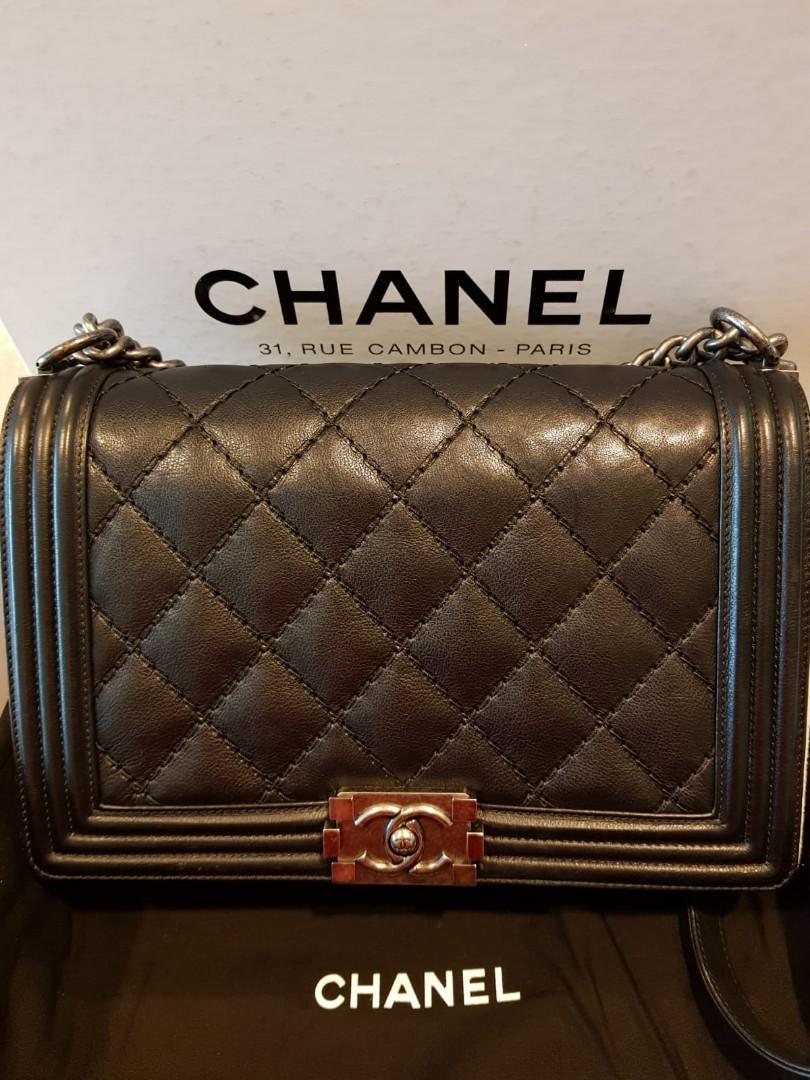 02cb22f3542e Pre-loved Boy Chanel Medium, Luxury, Bags & Wallets, Handbags on ...
