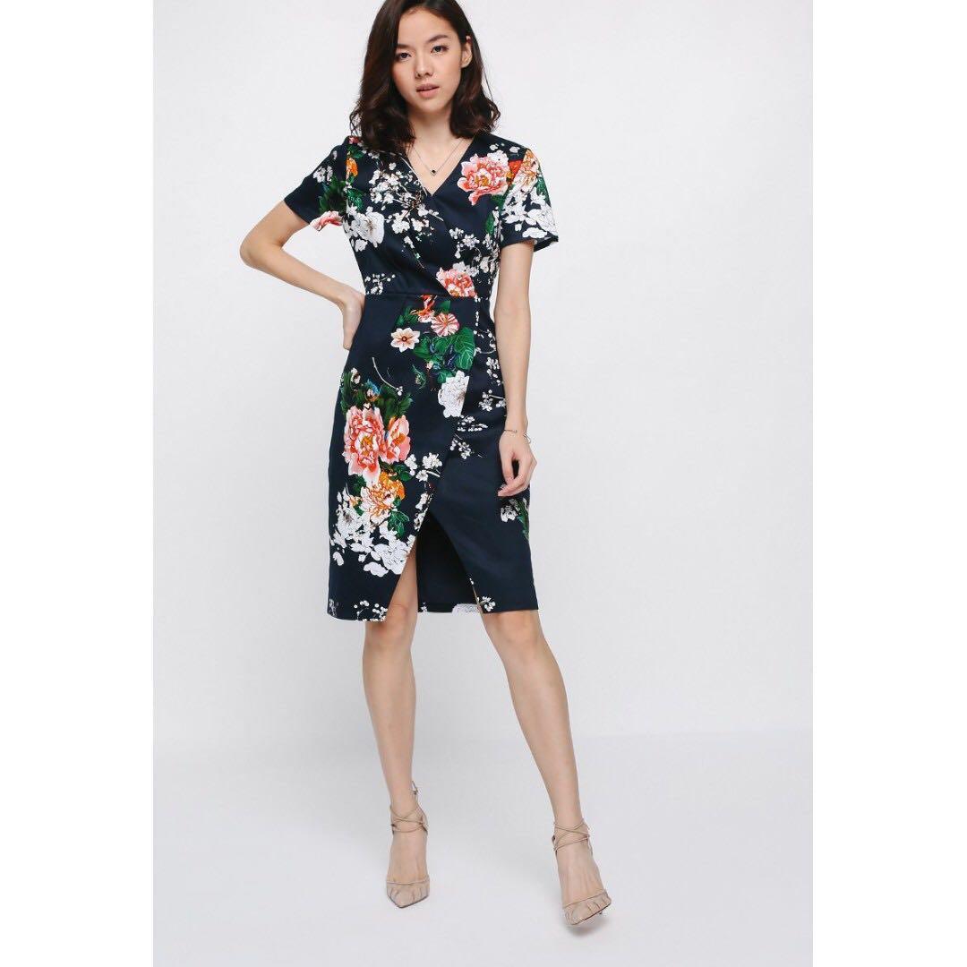 325f8f4e75d0 RESERVED) BNWOT Love Bonito Doreva Printed Dress, Women's Fashion ...