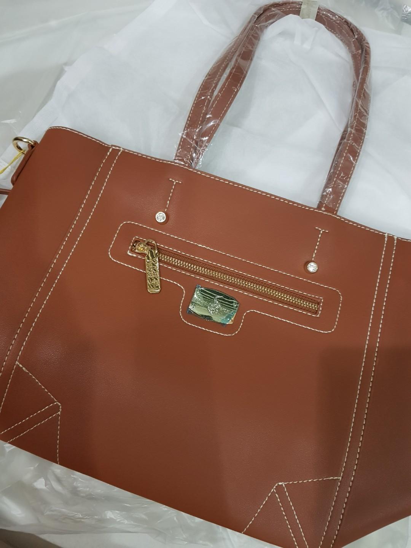 7073e415a7 ROYAL POLO LADIES HANDBAG, Women's Fashion, Bags & Wallets on Carousell