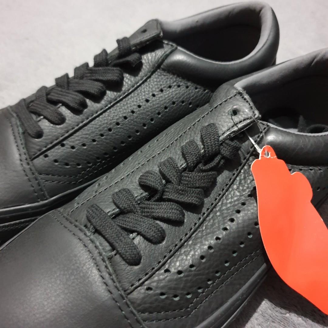 cae61c42fe Home · Women s Fashion · Shoes · Sneakers. photo photo ...