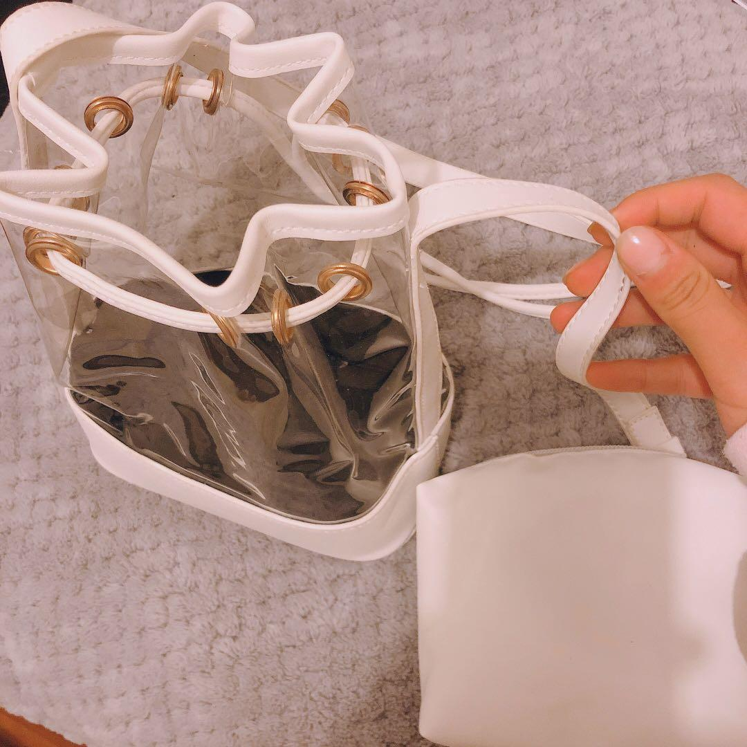 WHITE TRANSPARENT BUCKET BAG WITH POUCH SHOULDER STRAP