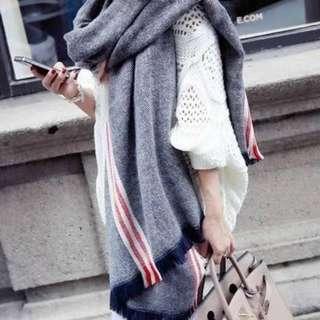 ♡現貨♡紅白線條溫暖仿羊絨中長款圍巾