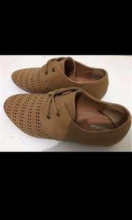 Sepatu Casual Bata