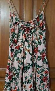 🚚 Floral back Lace dress