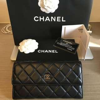Chanel 黑色銀釦羊皮信封式長夾新光三越A4專櫃購入