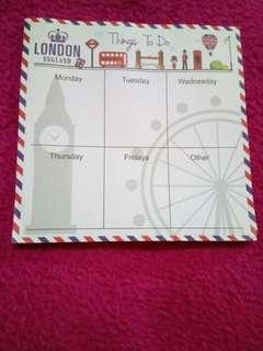 🗒️PRELOVED WEEKLY LIST STICKY CALENDAR LONDON PLANNER