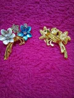 👯BLUE FLOWER BROOCH