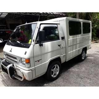 2014 Mitsubishi L300 2.5 MT White