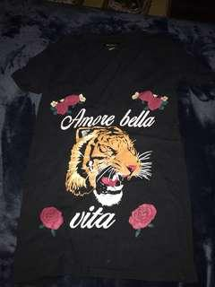 Selling a REVAMPED t-shirt ( XS)