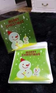 SALE NEW 40pcs Green Snowman Xmas Design Self-Adhesive Souvenir Cookie or Candy Plastic Pouch 10cm