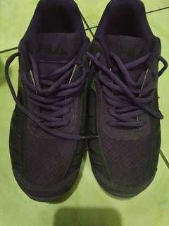 Authentic fila shoes for ladies